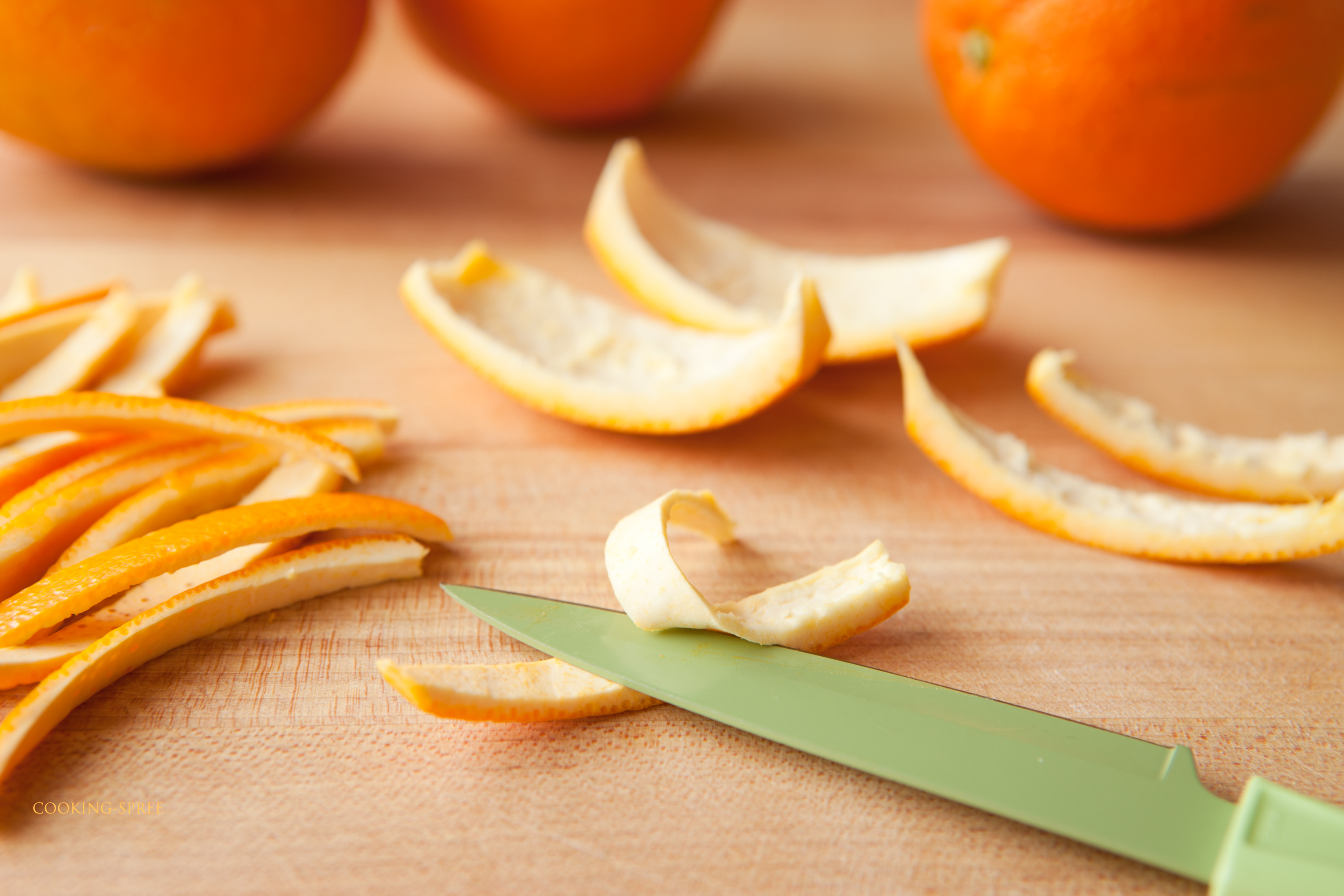Orangettes – Candied Orange Peel Dipped in Chocolate | cooking-spree