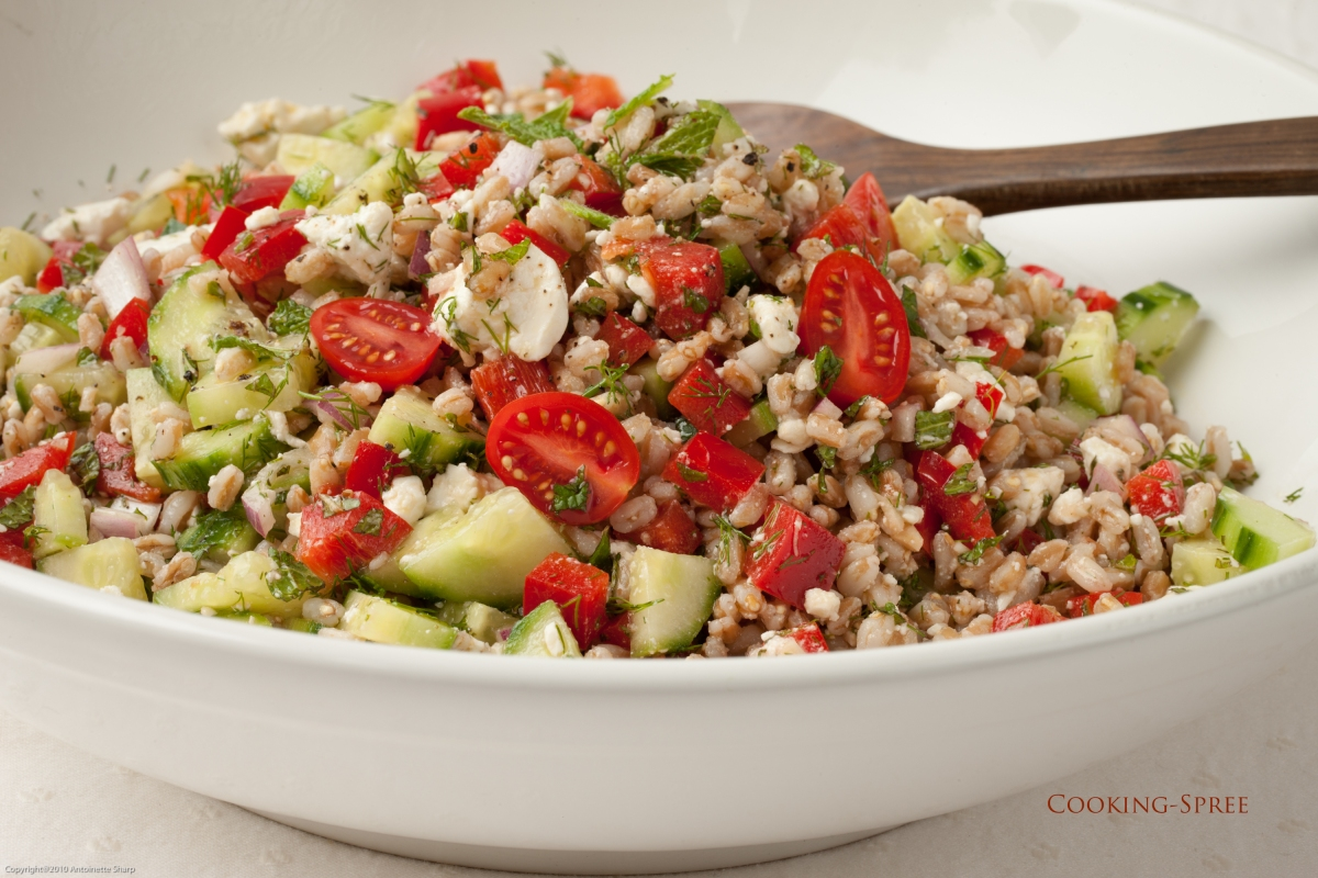 Greek Salad with Farro | cooking-spree